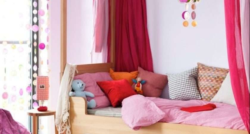 Helping Your Children Maximize Space Their Bedroom
