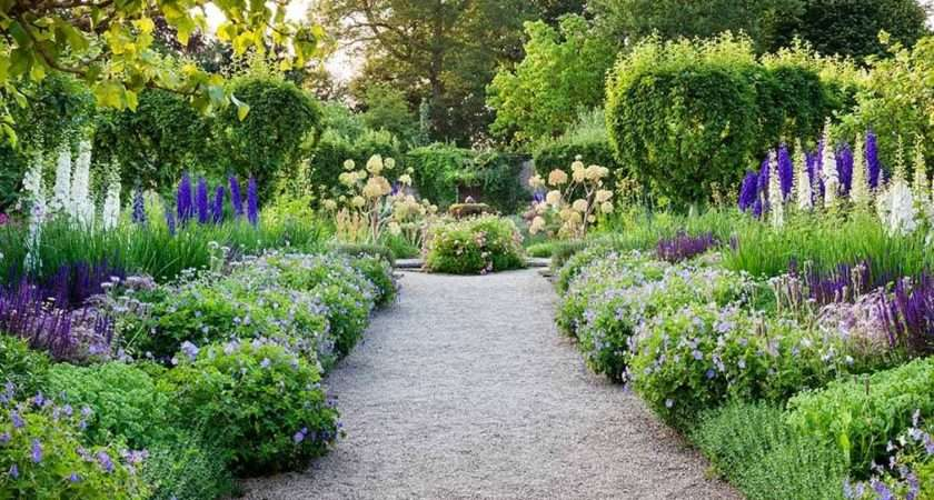 Highgrove Garden Tours Cotswold Holidays