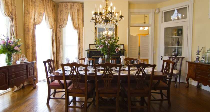 Home Victorian Dining Room