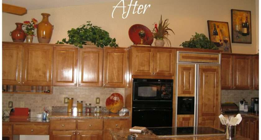 Ideas Decorating Above Kitchen Cabinets Inspirational