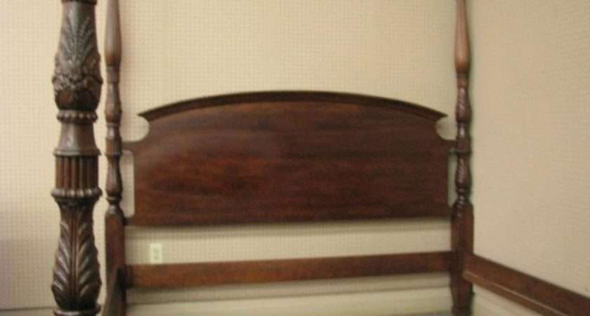 King Mahogany Rice Carved Four Poster Bed Lot