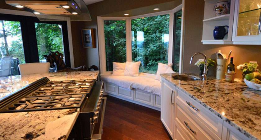 Kitchen Bay Window Eclectic Vancouver
