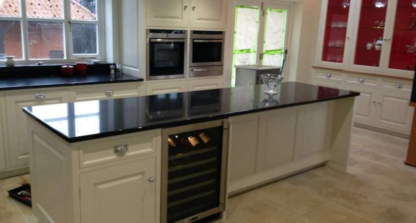 Kitchen Island Black Granite Worktop Integrated Wine Fridge