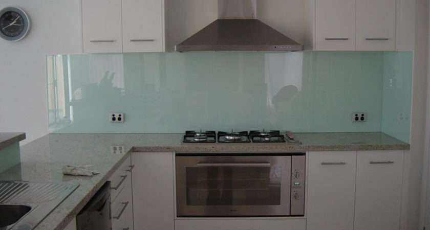 Kitchen Splashback Dilemma