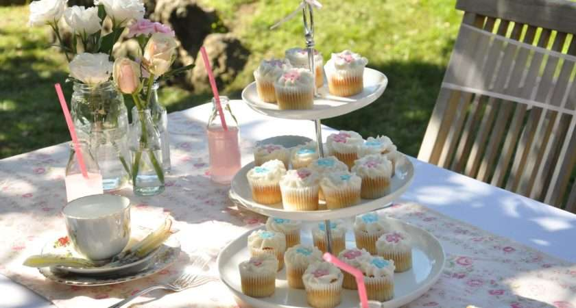 Little Sooti Real Parties Vintage Tea Garden Party