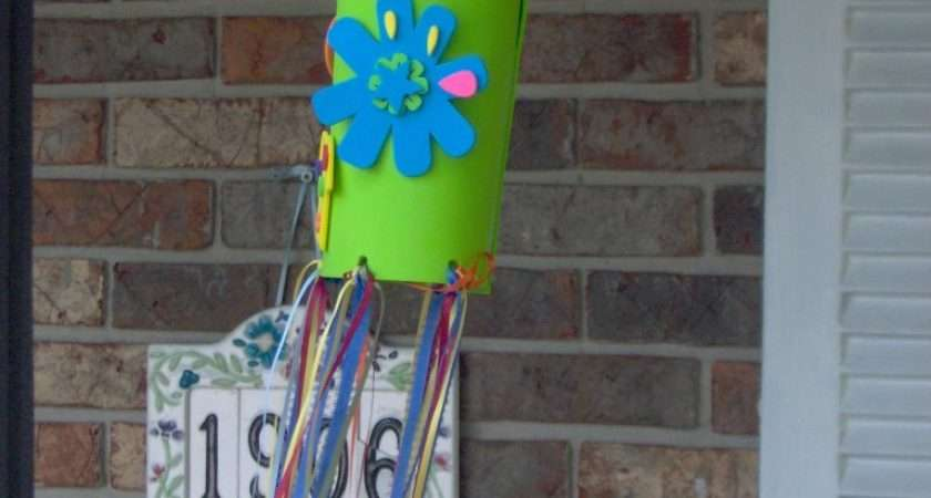 Loving Allah Raising Kids Wind Sock Easy Craft