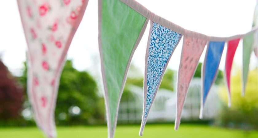 Make Bunting Your Campsite Garden Life Style