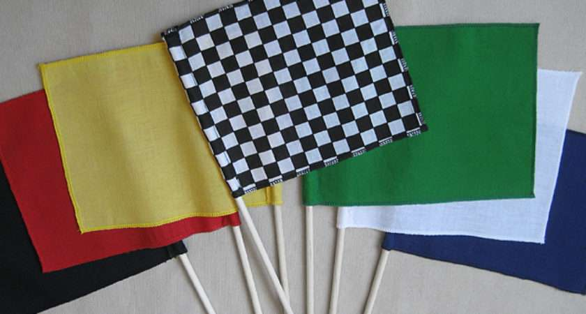 Make Mini Race Flags Easy Steps
