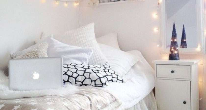 Make Small Bedrooms Look Bigger Homeaholic
