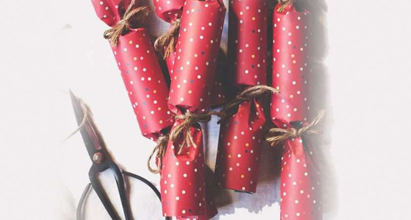 Make Your Own Christmas Crackers Blossoming Gifts