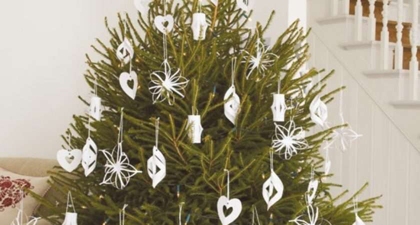 Making Christmas Decorations Grasscloth