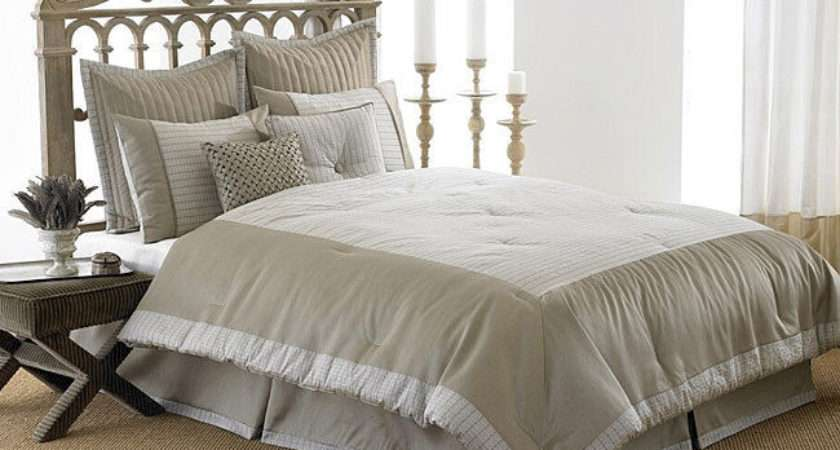 Manor Hill Shayla King Comforter Polyester