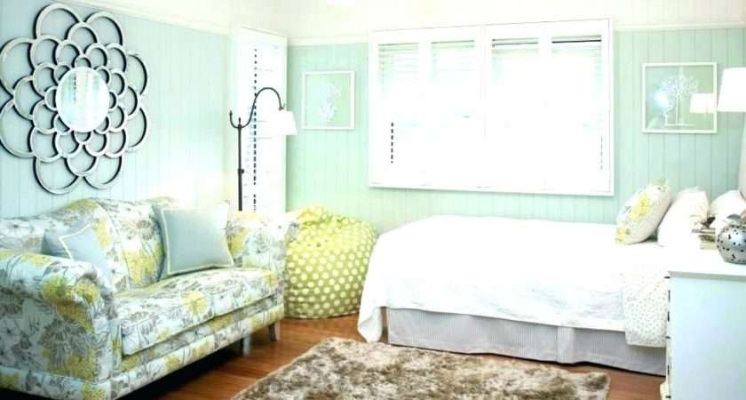 Mint Green Bedroom Decor Ideas