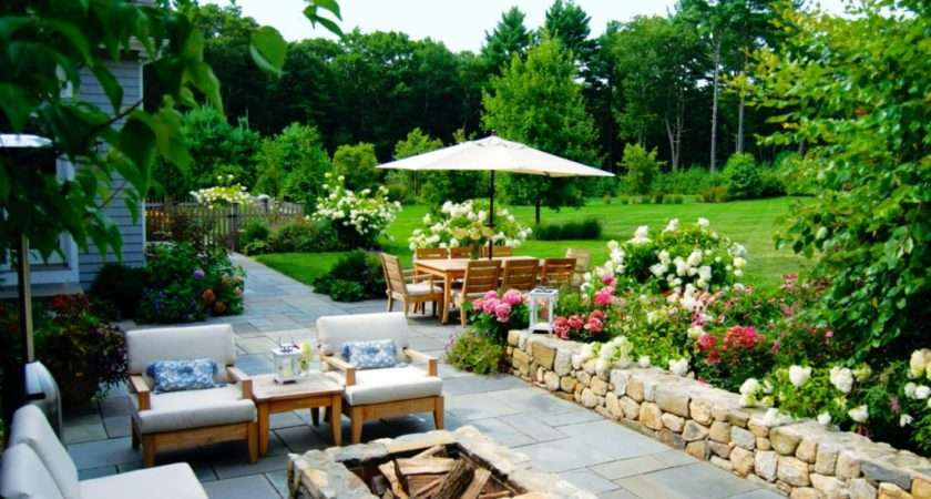 Modern Luxury Homes Beautiful Garden Designs Ideas