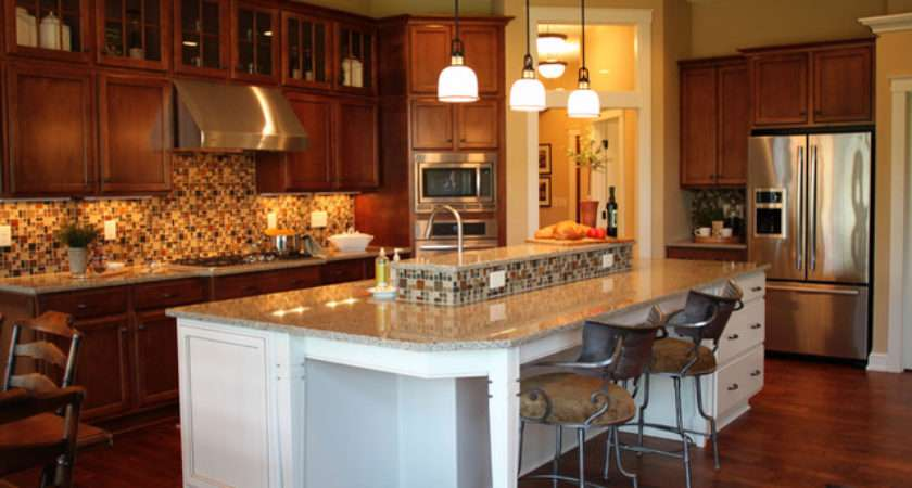 Open Kitchen Huge Island Traditional