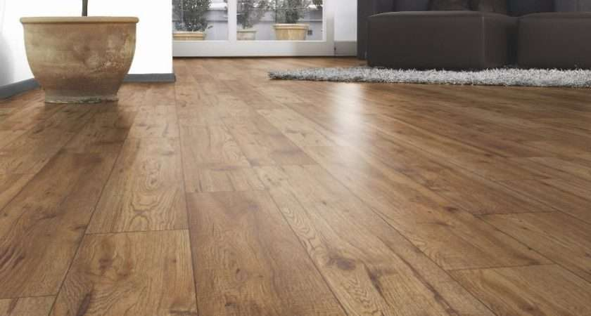 Ostend Natural Oxford Oak Effect Laminate Flooring