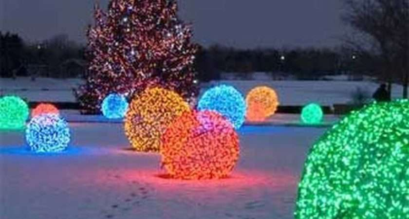 Outdoor Christmas Decorations Livelier More