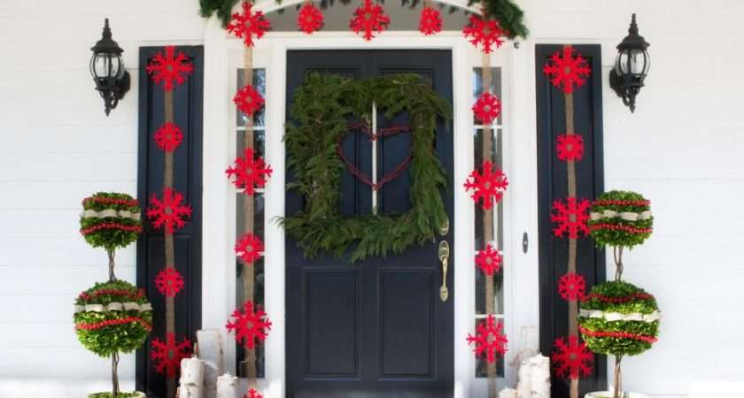 Outdoor Holiday Decorations Hgtv