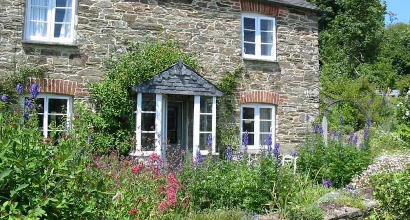 Panoramio Terraced Cottage Lerryn Cornwall