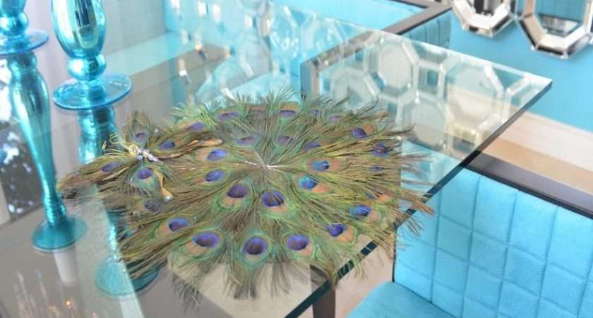 Peacock Themed Room Table Decorating Ideas