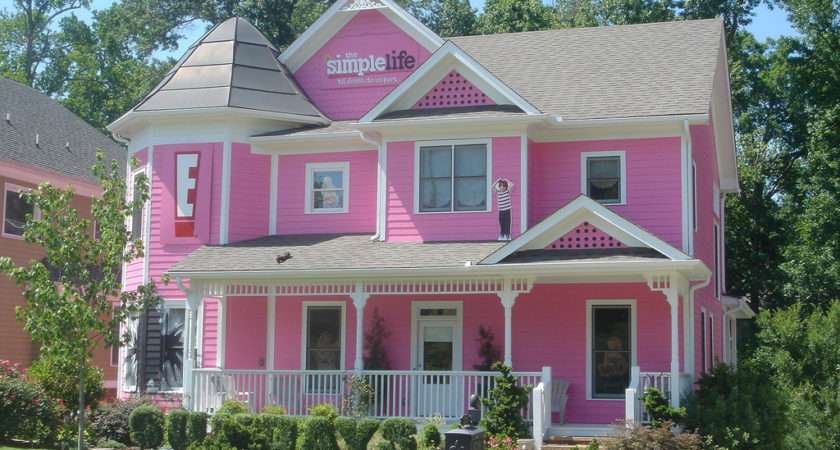 Pink House Curt Flickr