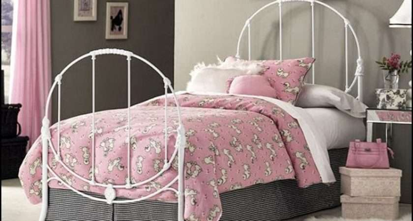 Pink Poodles Paris Style Bedroom Decorating