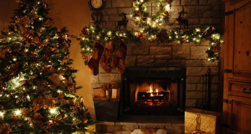 Plain Christmas Living Room Decor Ideas