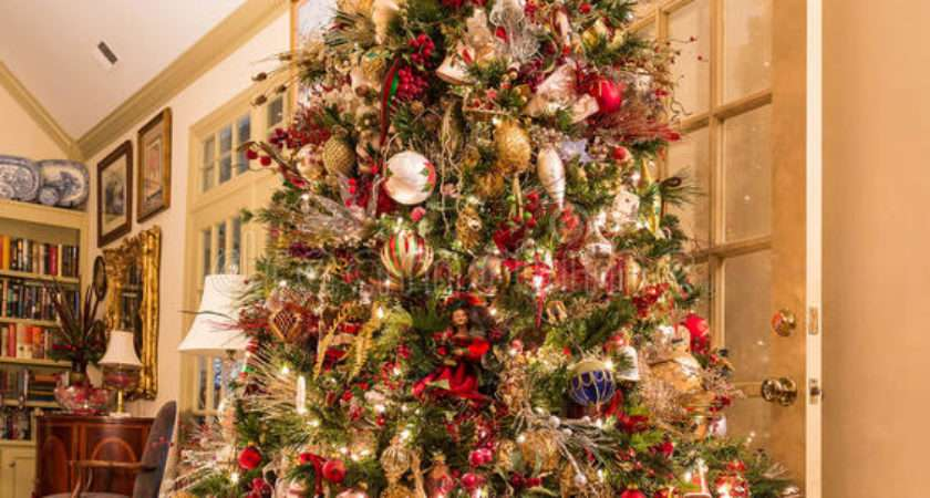 Presents Under Decorated Christmas Tree Den