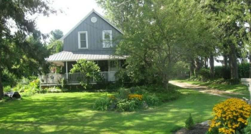 Pretty Country Home Love All Green Grass Husband