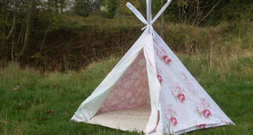 Pretty Pale Floral Play Tent Teepee Wigwam Cover Only