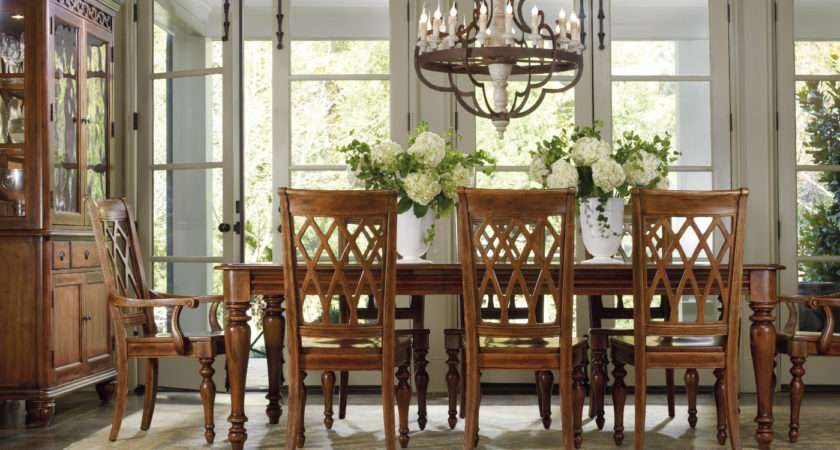 Primrose Hill Dining Table Chambers Furniture