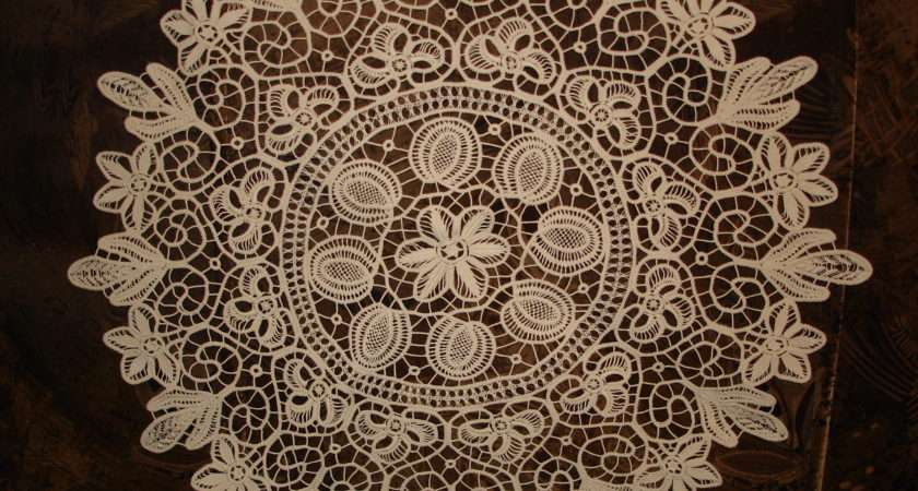 Romanian Point Lace Tablecloth Round Greatblouses