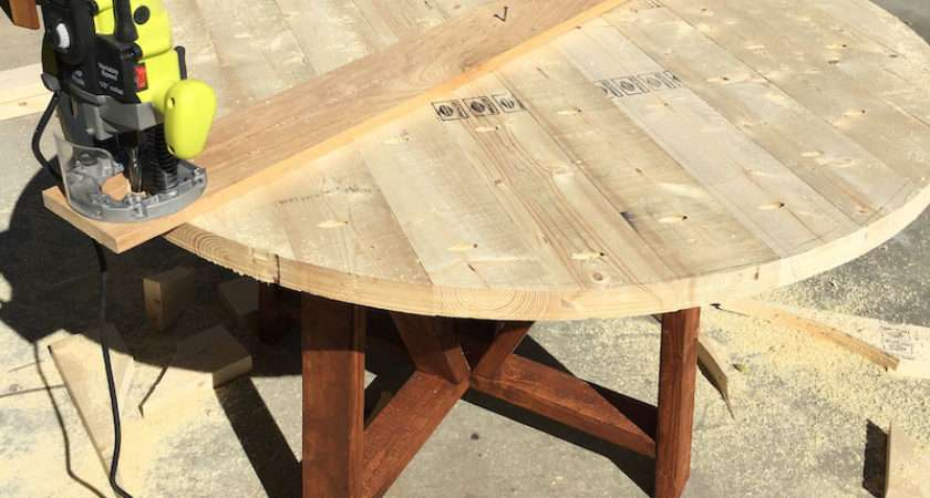 Round Trestle Dining Table Diy Plans Rogue Engineer