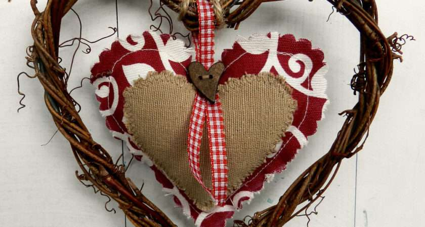 Rustic Shabby Chic Wicker Hanging Heart Decoration Red