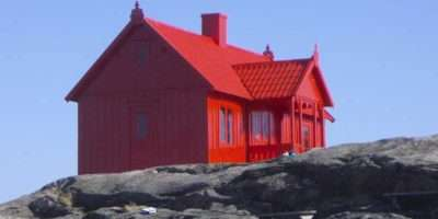Same Lines Jesbaker Also Found Cool House Clad All Red