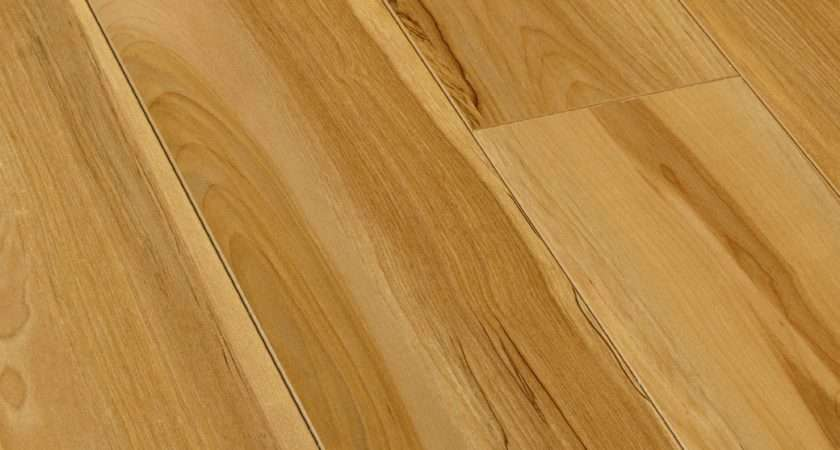 Scherzo Natural Light Walnut Effect Laminate Flooring