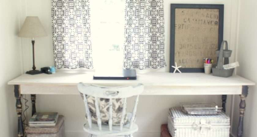 Shabby Chic Desk Which Write Heart