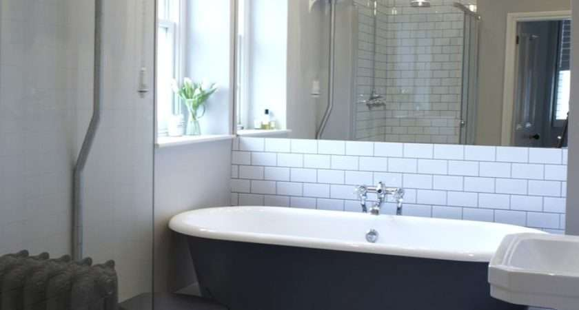 Showering Roll Top Bath Curtains