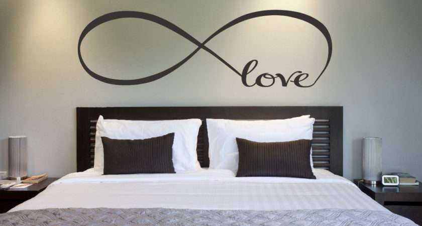 Simple Bedroom Wall Decor Ideas Womenmisbehavin