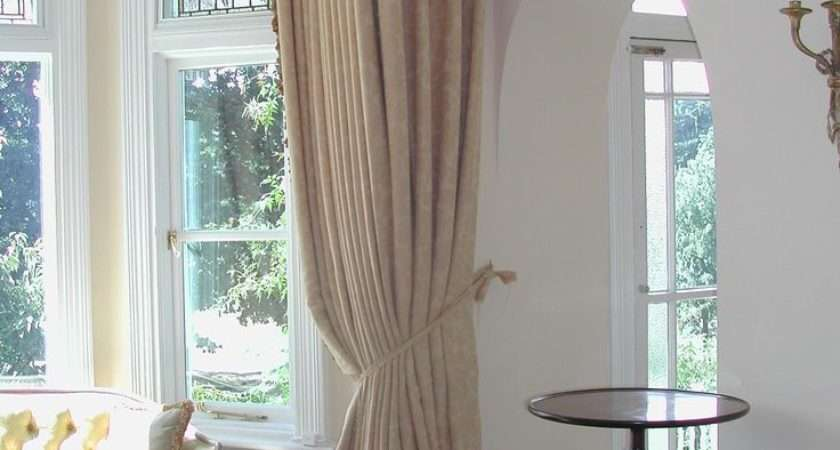 Simple Stylish Bay Window Curtains