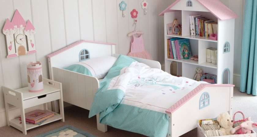 Small Bedrooms Because Moms
