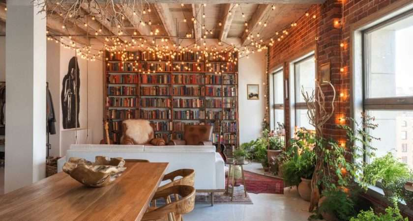Small Book Filled Loft Downtown Los Angeles Offers