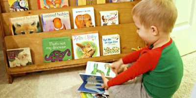Spin Selecting Limiting Displaying Books Toddlers