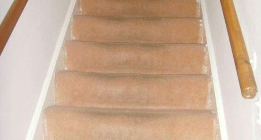 Stairs Landing Carpet Fitting Job