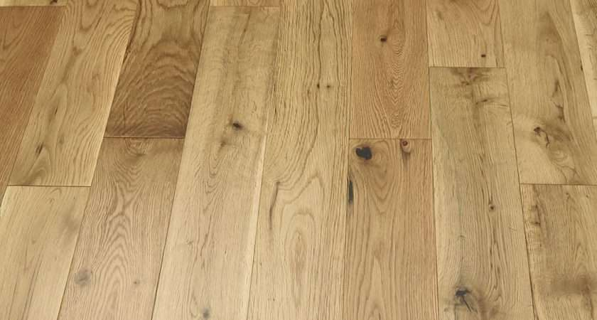 Studio Natural Oak Lacquered Engineered Wood Flooring