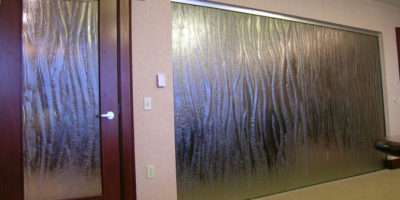 Tempered Glass Multi Motion Texture Wall Door Insert
