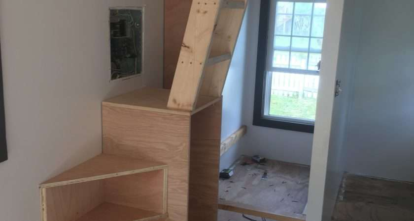 Tiny House Stairs Choo
