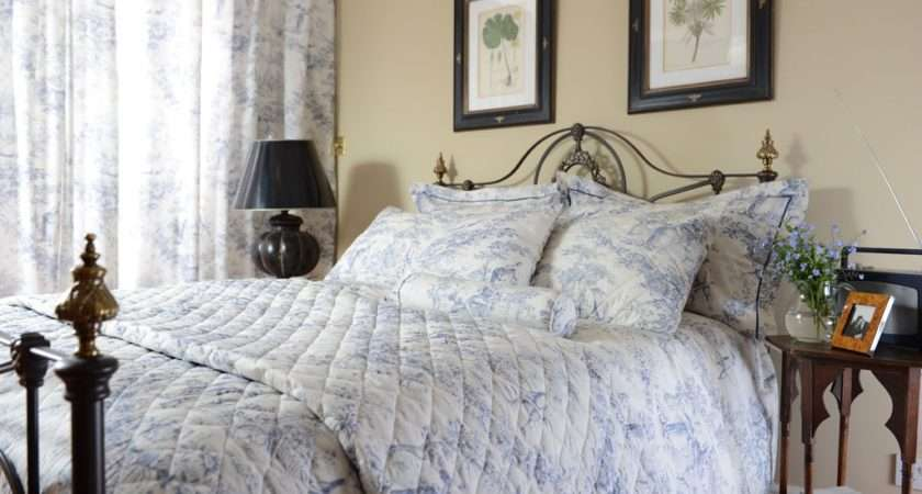 Toile Jouy China Blue Bedspreads