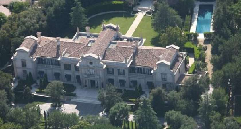 Tour Celebrity Homes Elite Helicopter Tours