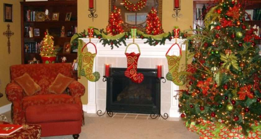 Traditional Christmas Decorations Digsdigs
